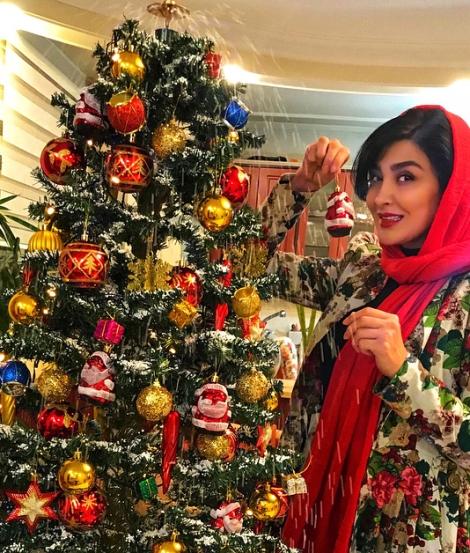 عکس های مریم معصومی در کنار درخت کریسمس!