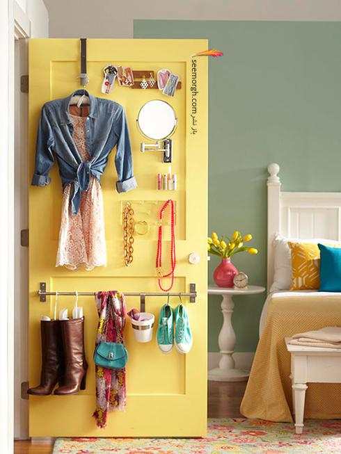 در اتاق خواب کوچک از پشت درب های ورودی اتاق استفاده کنید