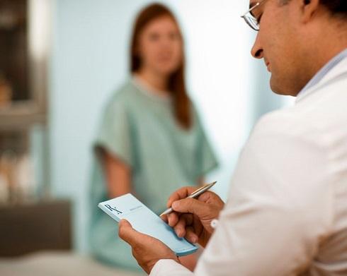 چه زمانی باید برای اسهال به پزشک مراجعه نمایید