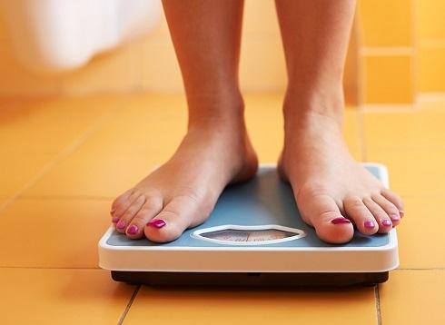از وزن کردن خودتان اجتناب می کنید