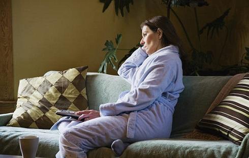 تنهایی از علایم ایجاد بیماری آلزایمر است