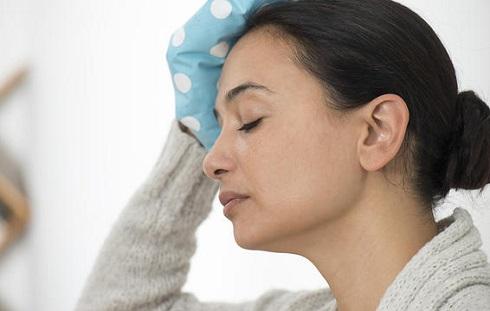 ضربه بیش از حد به سرتان می تواند از علایم ایجاد بیماری آلزایمر باشد