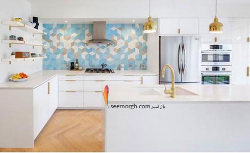 کاشی های رنگی در دکوراسیون آشپزخانه سفید