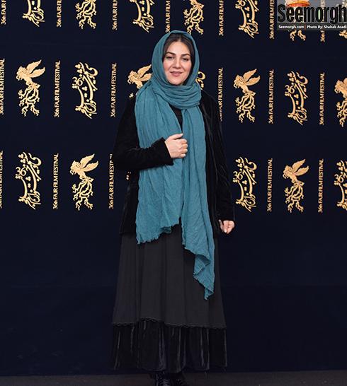 مدل مانتو بازيگران در هفتمين روز سي و ششمين جشنواره فجر - ستاره اسکندري