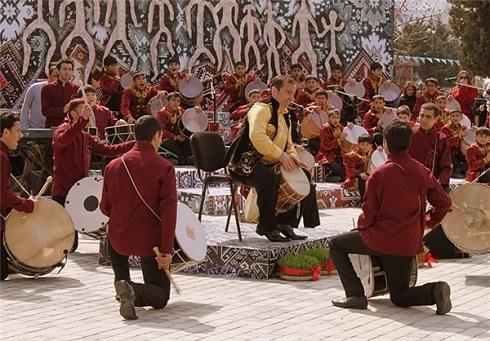 اجرای موسیقی در مراسم عید نوروز جمهوری آذربایجان