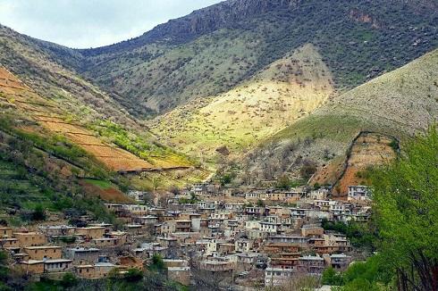 طبیعت روستای ساتیاری