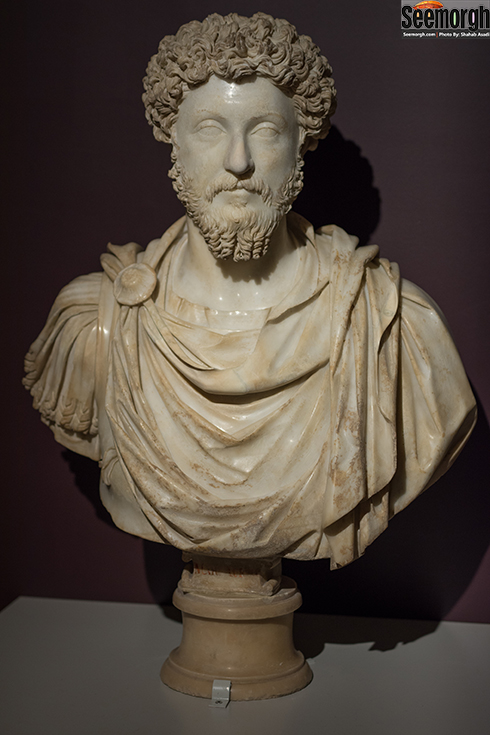 مجسمه نیم تنه امپراطور مارکوس اورلیوس
