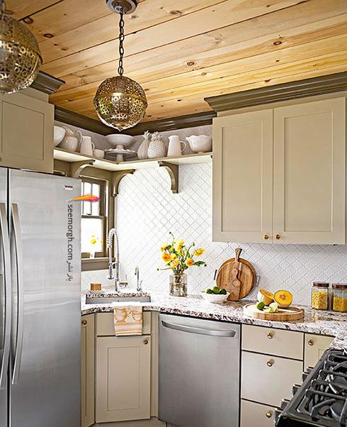 فضای باز بین کابینت های بالای آشپزخانه