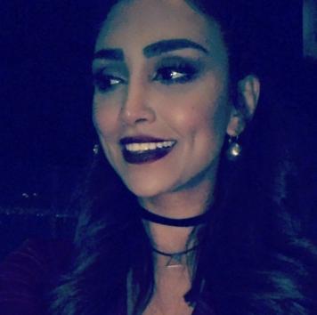 چهره خندان الهام عرب