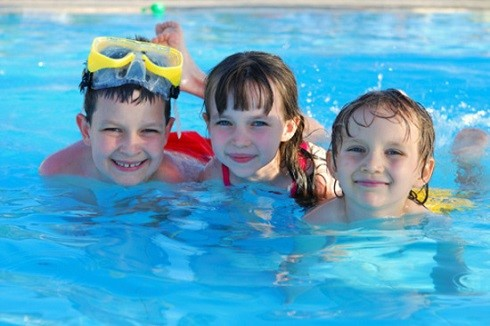 مزیت های جسمی و روحی شنا را بشناسید