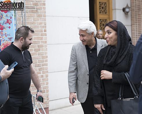 تهمینه میلانی و محمد نیک بین  در مراسم یادبود ناصر چشم آذر