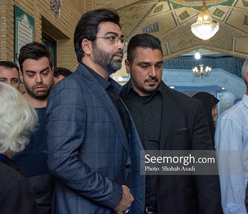 فرزاد حسنی در مراسم یادبود ناصر ملک مطیعی