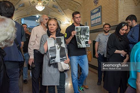 حضور پرشور مردم در مراسم یادبود ناصر ملک مطیعی 9