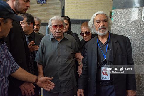 محمدعلی کشاورز در مراسم یادبود ناصر ملک مطیعی 1