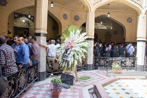 حضور پرشور مردم در مراسم یادبود ناصر ملک مطیعی 8