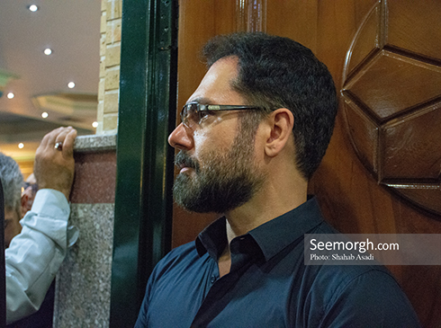 کوروش تهامی در مراسم یادبود ناصر ملک مطیعی 1