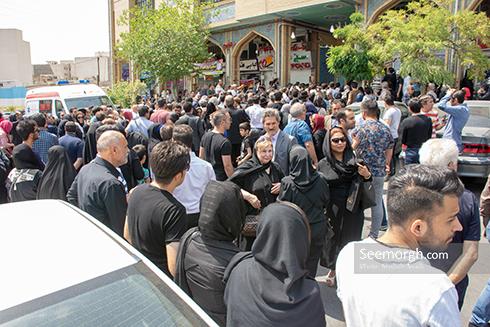 حضور پرشور مردم در مراسم یادبود ناصر ملک مطیعی 2
