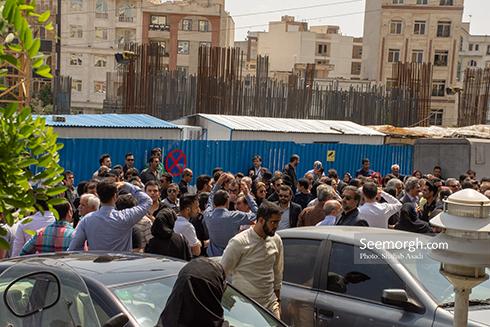 حضور پرشور مردم در مراسم یادبود ناصر ملک مطیعی 4