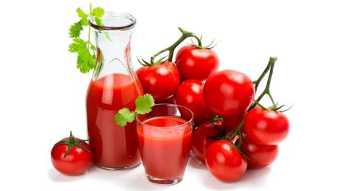 درمان گیاهی جوش کف سر با گوجه فرنگی