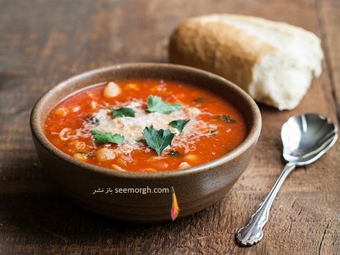 طرز تهیه سوپ گوجه فرنگی و پنیر برای افطار ماه رمضان