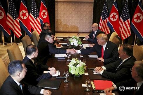 مشروح دیدار تاریخی «اون» و «ترامپ» به روایت تصویر