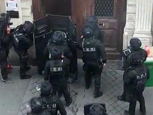 گروگانگیری در پاریس برای مذاکره با سفارت ایران