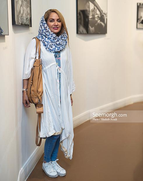 مهناز افشار در نمایشگاه عکس