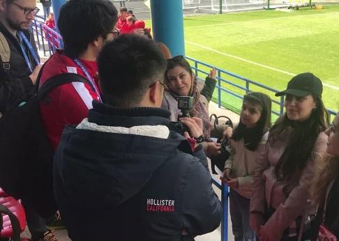 مصاحبه خبرنگاران خارجي با دختر ايراني
