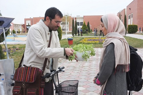 شهاب حسینی در طعم شیرین خیال
