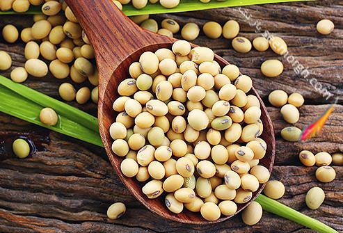 غذاهای مفید و مضر برای تیروئید سویا