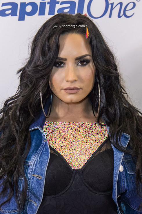 مدل مو میهمانی مخصوص خانم های پر مشغله - دمی لوواتو Demi Lovato,مدل مو,مدل مو بلند,مدل مو میهمانی,بهترین مدل مو,بهترین مدل مو بلند,بهترین مدل مو بلند مخصوص میهمانی,مدل مو مخصوص خانمهای پرمشغله,