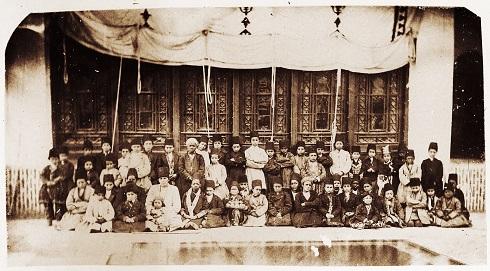 بردگان در حرمسرای ناصری، تصویر غلام بچه ها در حرمسرا