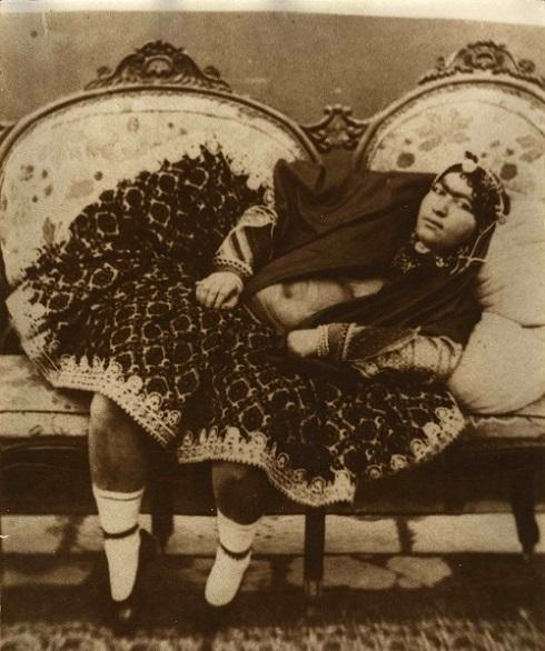 انیس الدوله، عکاس: ناصرالدین شاه، سوگلی ناصرالدین شاه