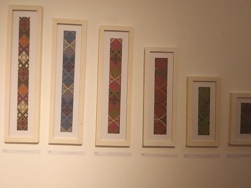 سوزن دوزی دختران آفتاب،تابلوی سوزن دوزی د رنمایشگاه خانه هنرمندان