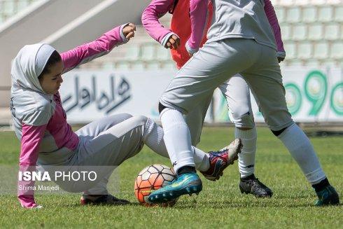 تمرین اعضای تیم ملی فوتبال دختران زیر 19 سال