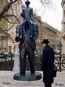 مجسمه یادبود کافکا, فرانتس کافکا, بیوگرافی کافکا