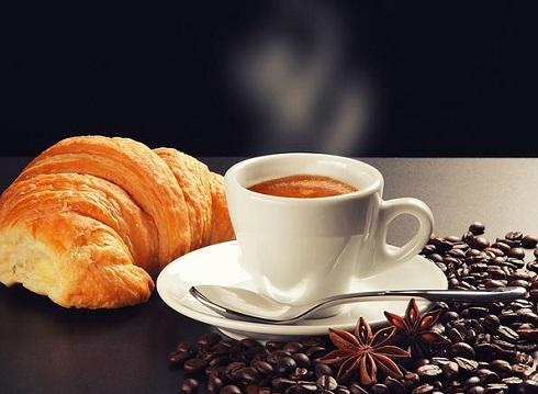 قهوه،عطر قهوه،کروسان،دانه قهوه