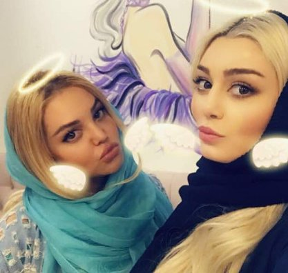 سحر قریشی و دوستش لیلا امامی