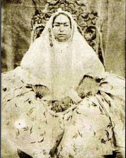 ملکزاده خانم، همسر امیرکبیر، تصویر خواهر ناصرالدین شاه