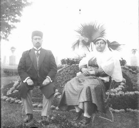محمدعلی شاه و ملکه جهان در تبعید، تصویر محمدعلی شاه، تصویر ملکه جهان
