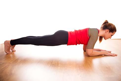 ورزش پلانک،ورزش مناسب پریود، ورزش برای دوره عادت ماهانه