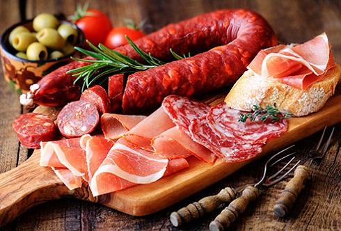 گوشت فراوری شده،سوسیس،کالباس