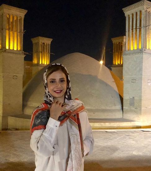 شبنم قلی خانی در سفر به یزد