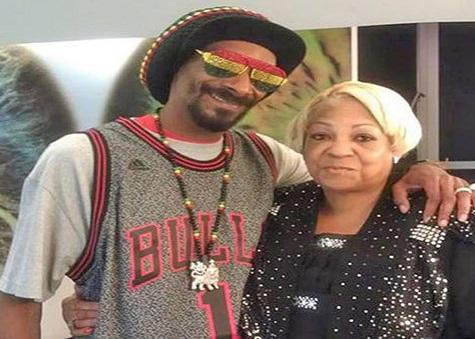 اسنوپ داگ و مادرش, بیوگرافی اسنوپ داگ