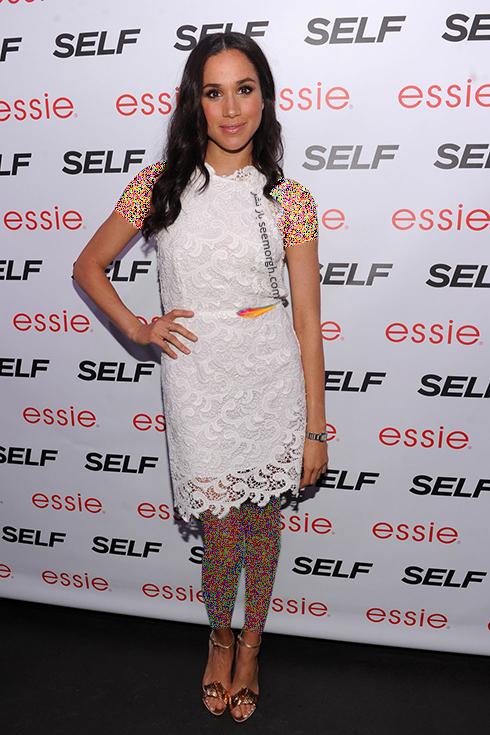 مگان مارکل,مدل لباس های مگان مارکل,بهترین مدل لباس های مگان مارکل,مدل لباس های برتر مگان مارکل Meghan Markle قبل از ازدواج با پرنس هری Prince Harry - پیراهن گیپور سفید کوتاه