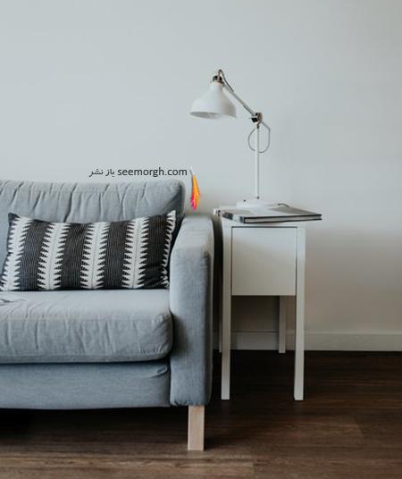 استفاده از یک کوسن بزرگ روی کاناپه,دکوراسیون داخلی,اشتباهات در دکورایون داخلی