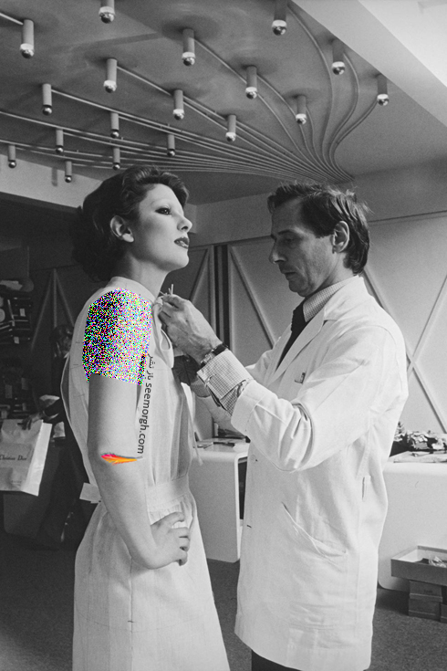 دیور,کریستین دیور,طراحان کریستین دیور,طراحان دیور,مدل های دیور,مدل های کریستین دیور,عکس های قدیمی دیور,مارک بوهان یکی از طراحان برند دیور Dior به همراه یکی از مدل های این برند