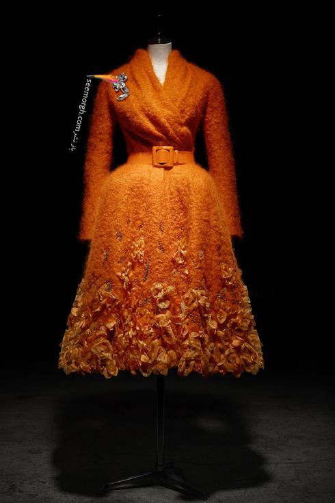 دیور,کریستین دیور,مدل های برند دیور,پالتو دیور,پالتو کریستین دیور,عکس های قدیمی دیور,پالتو موهر طراحی شده توسط جان گالیانو John Galliano در سال 2009