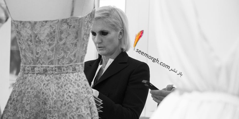 دیور,کریستین دیور,طراحان دیور,طراحان کریستین دیور,عکس های قدیمی از برند دیور,ماریا گراززیا چویری Maria Grazia Chiuri در حال طراحی اولین کلکسیونش برای برند دیور در سال 2017