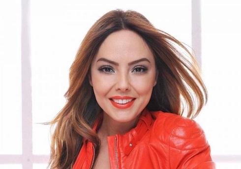 خواننده ترک,خواننده ترکیه,خواننده معروف ترک,ابرو گوندش